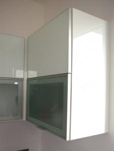 szkło w ramce aluminiowej